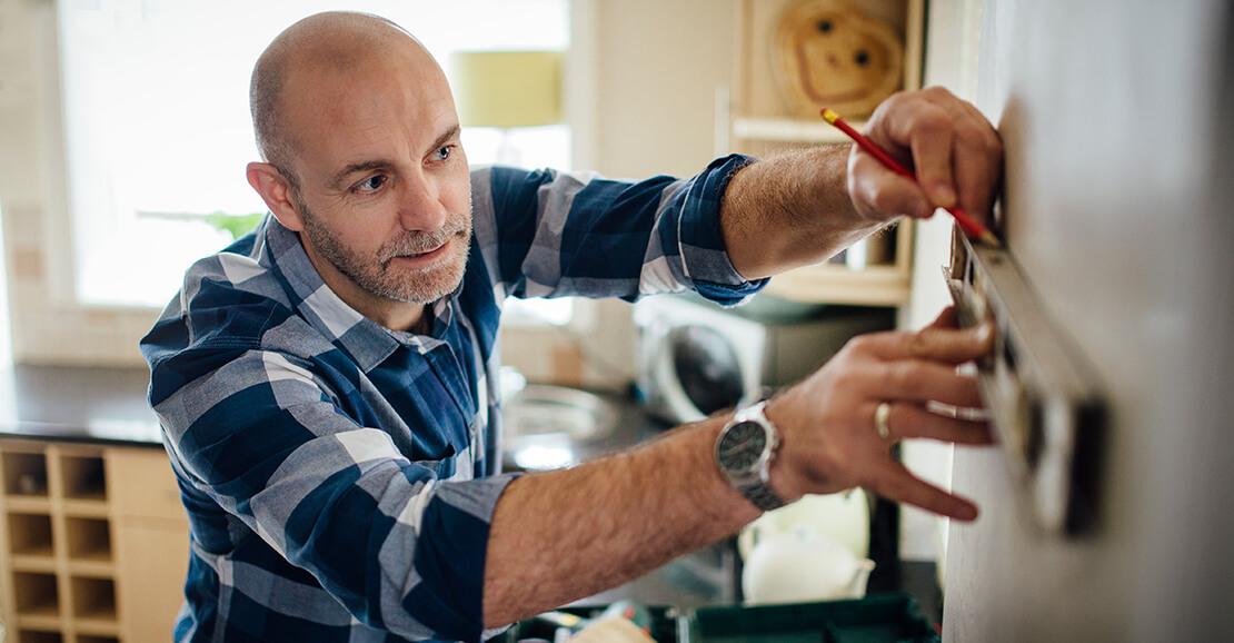 Man Working Rubber Sheet DIY